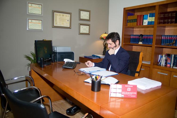 Javier Bruna Reverter, Bruna Abogados