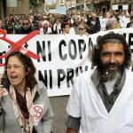 Protesta contra los recortes en salud en Barcelona